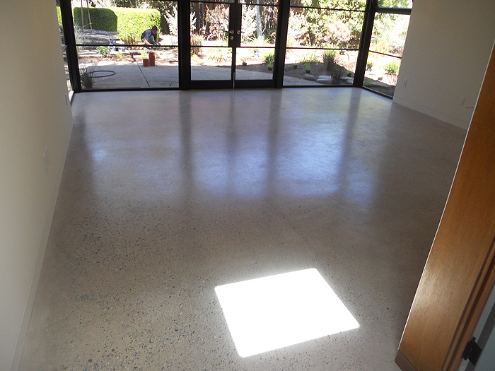 Ground and sealed concrete 4